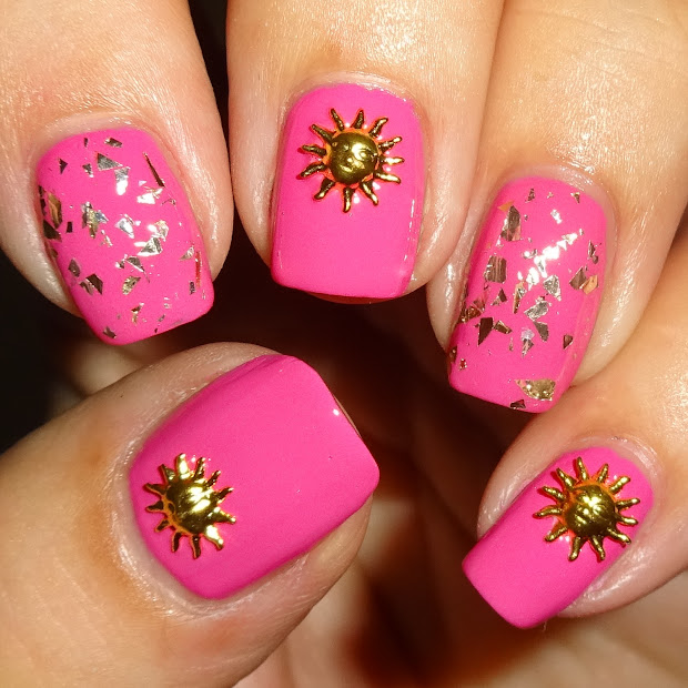 wendy's delights golden sun nail