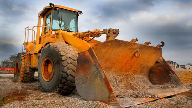Οι Δήμοι θα μπορούν να προσλαμβάνουν χειριστές μηχανημάτων όλο το χρόνο