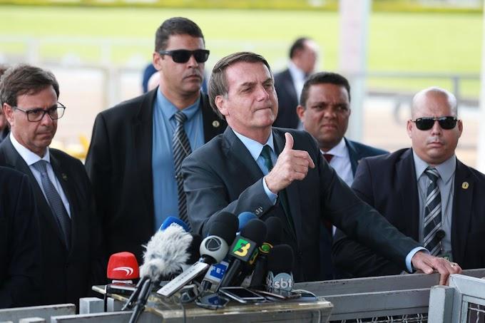 Bolsonaro não cederá a lobby e ameaça demitir quem falar em taxar energia solar