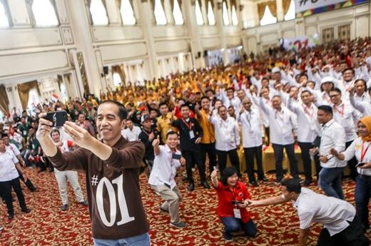 Jokowi Wanti-Wanti Pendukung Fenomena Kemenangan Trump