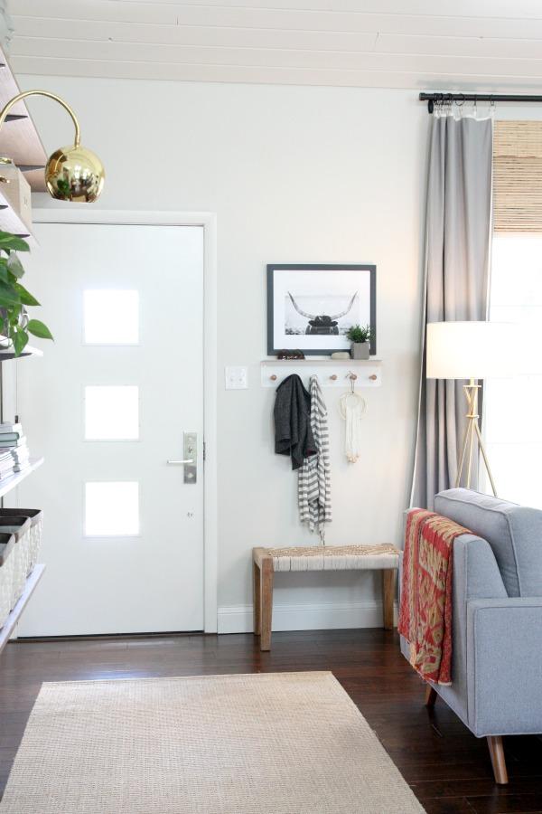 C mo crear un recibidor en un espacio abierto al sal n for Decoracion casa sin recibidor