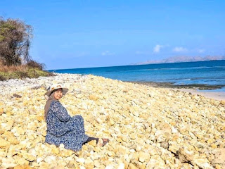 Tempat Wisata Batu Bolong