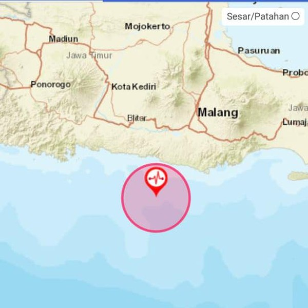 Gempa Blitar M 6,2 Dirasakan di Kediri, Lampu Goyang Hingga Kursi Bergetar
