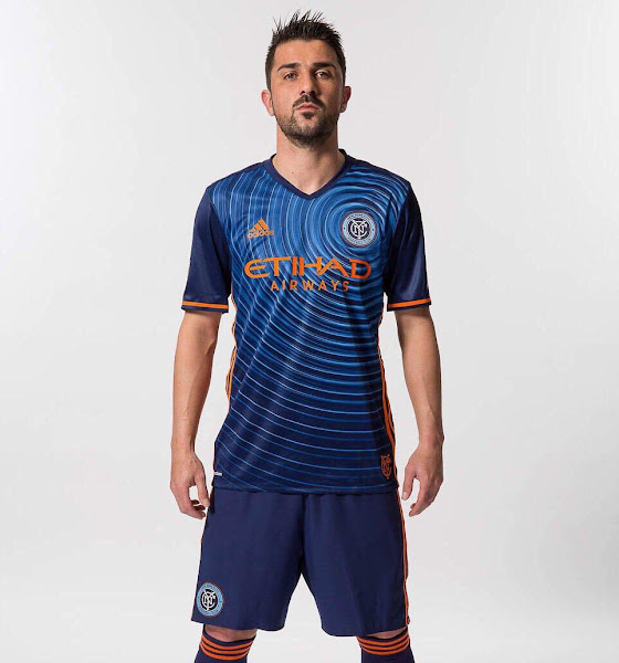 1d00181021f50 The most remarkable feature of the new New York City FC kit is however the  front graphic
