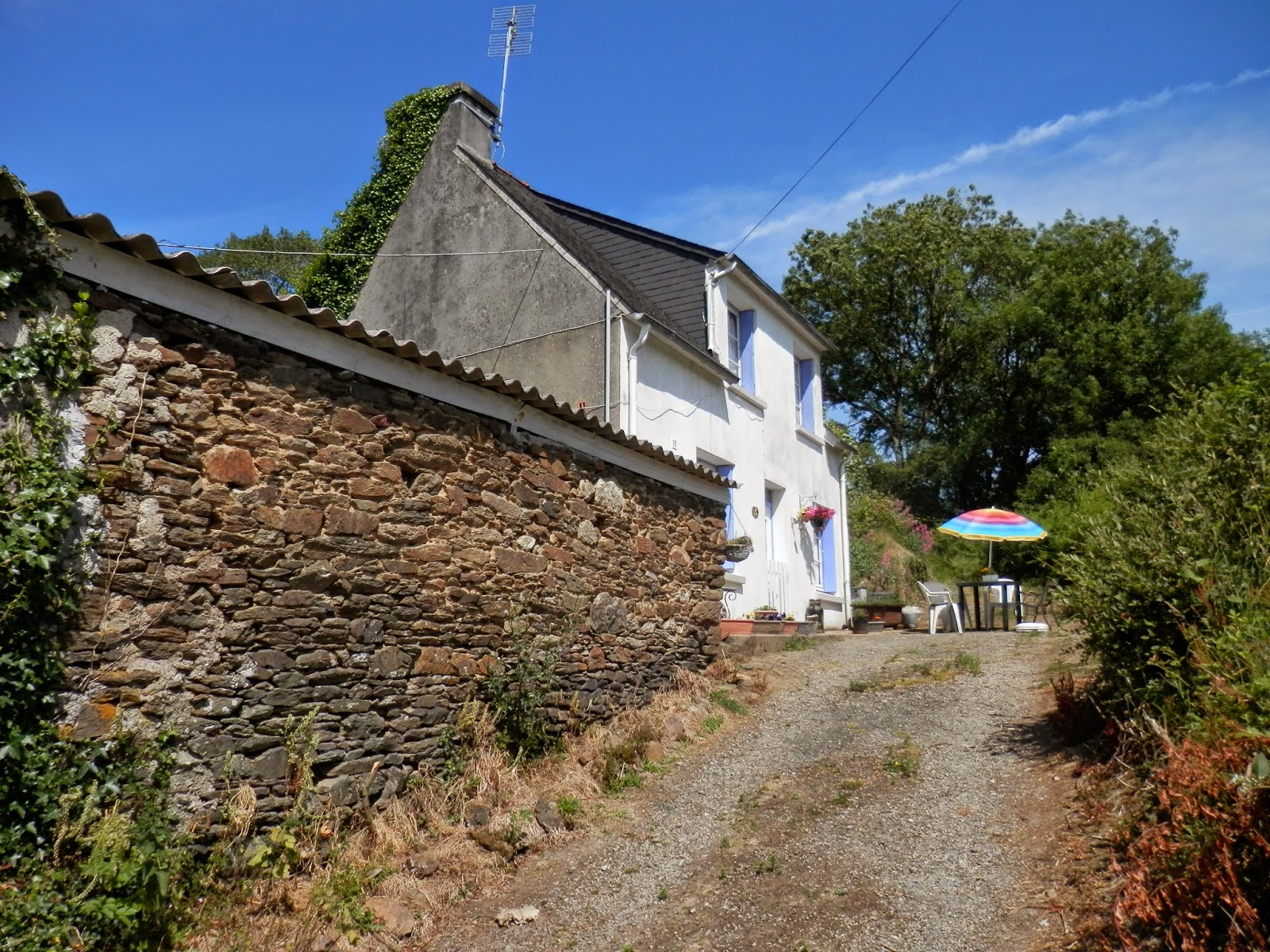 House for sale in Collorec, Brittany, france. http://jennyandjohninbrittany.blogspot.fr/