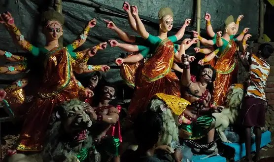 Why Durga Puja is not only a Festival but a mixture of Tradition & Emotion to Bengali