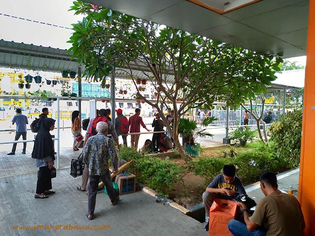 Suasana Di Pelabuhan Telaga Punggur