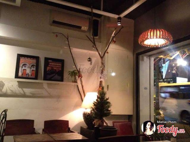 [Image: dem-trang-cafe-den-go-trang-tri-woodlight-4.jpg]