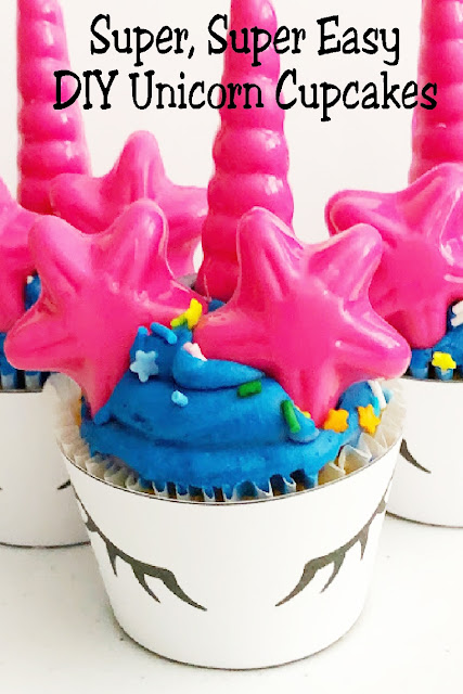 Easily take store bought cupcakes and turn them into beautiful unicorn cupcakes perfect for your Unicorn party.  #unicornparty #unicorncupake #diypartymomblog