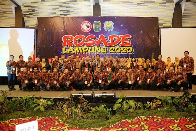 Viral Petang (14/2/2020) BANDAR LAMPUNG --- Gubernur Lampung Arinal Djunaidi mengajak semua pihak, terutama jajaran kesehatan, menurunkan angka kematian ibu dan bayi serta stunting di Provinsi Lampung, melalui peningkatan pelayanan kesehatan persalinan (obsteri) dan reproduksi wanita (ginekologi).
