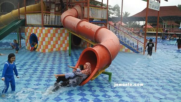 Seluncuran Octopus Kids Fun