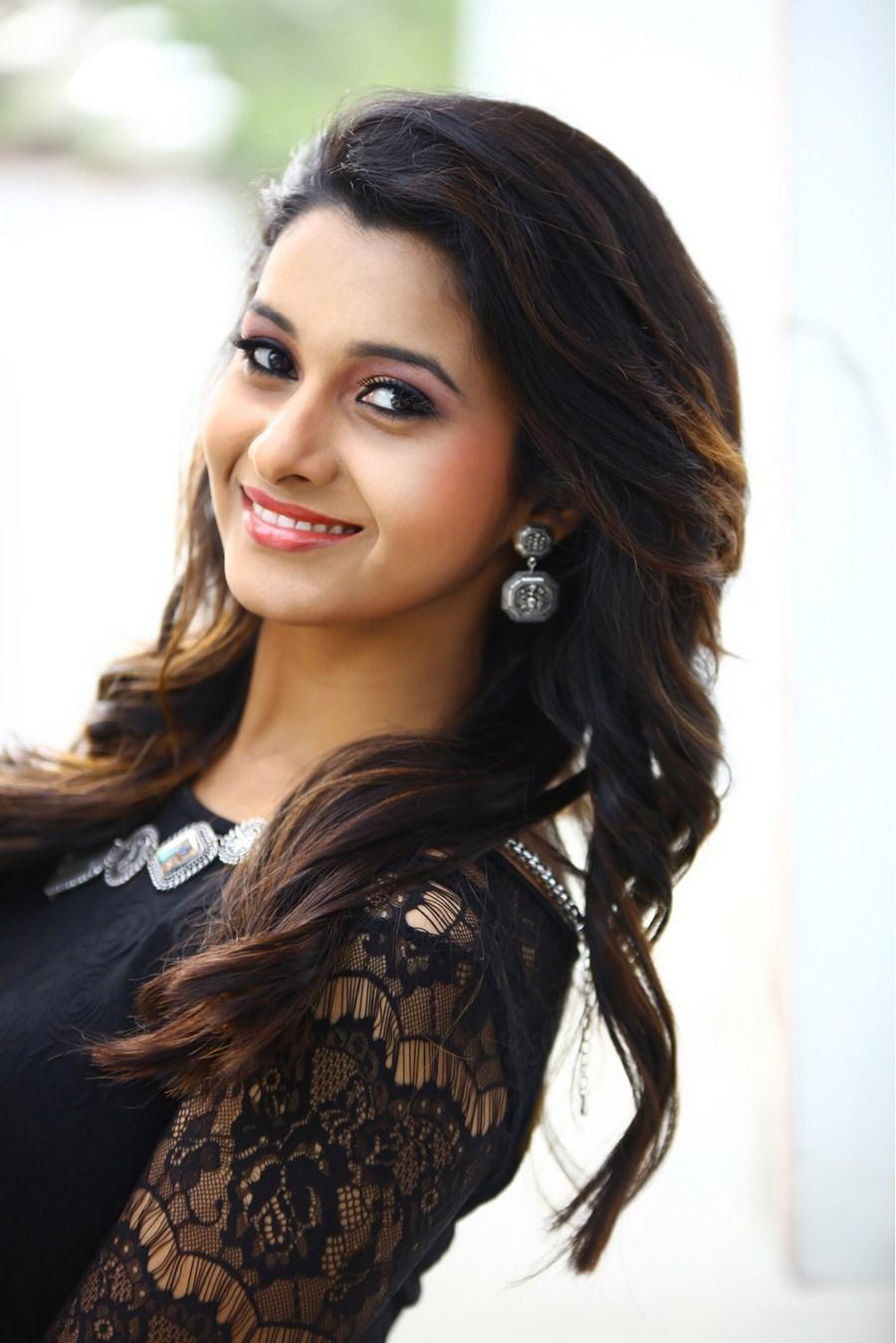 Actress Priya Bhavani Shankar Photo Gallery