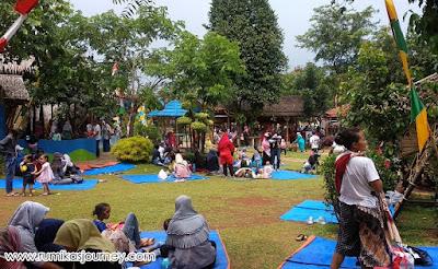 piknik di taman herbal insani depok