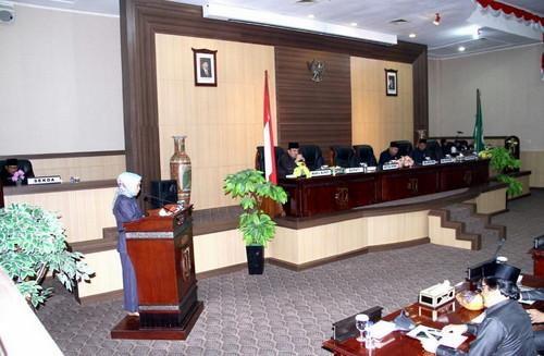Tanggapan Fraksi-Fraksi DPRD Muba Tentang P APBD 2017