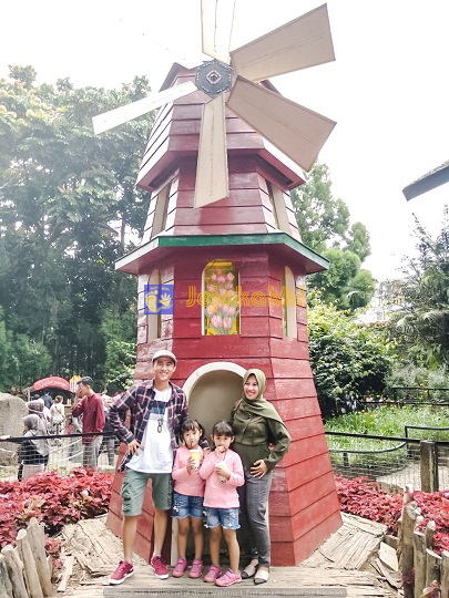 Wisata Ala Eropa di Farmhouse Lembang Bandung