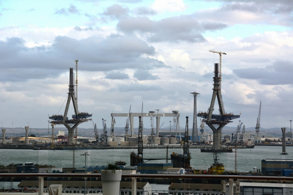 Port of Cadiz New bridge building