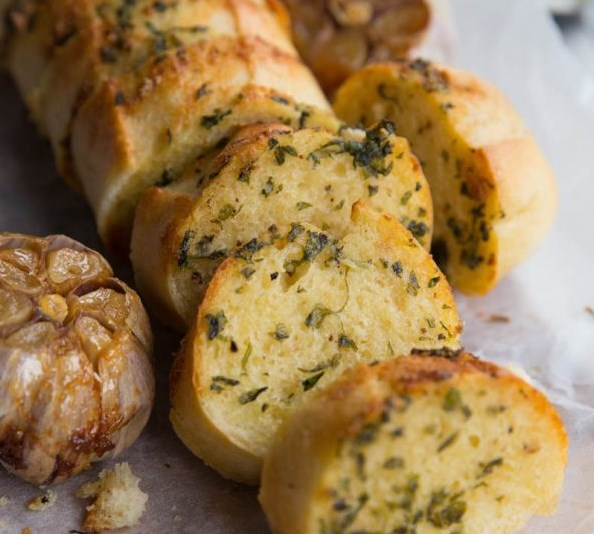 Roasted Garlic Bread #dinner #homemade