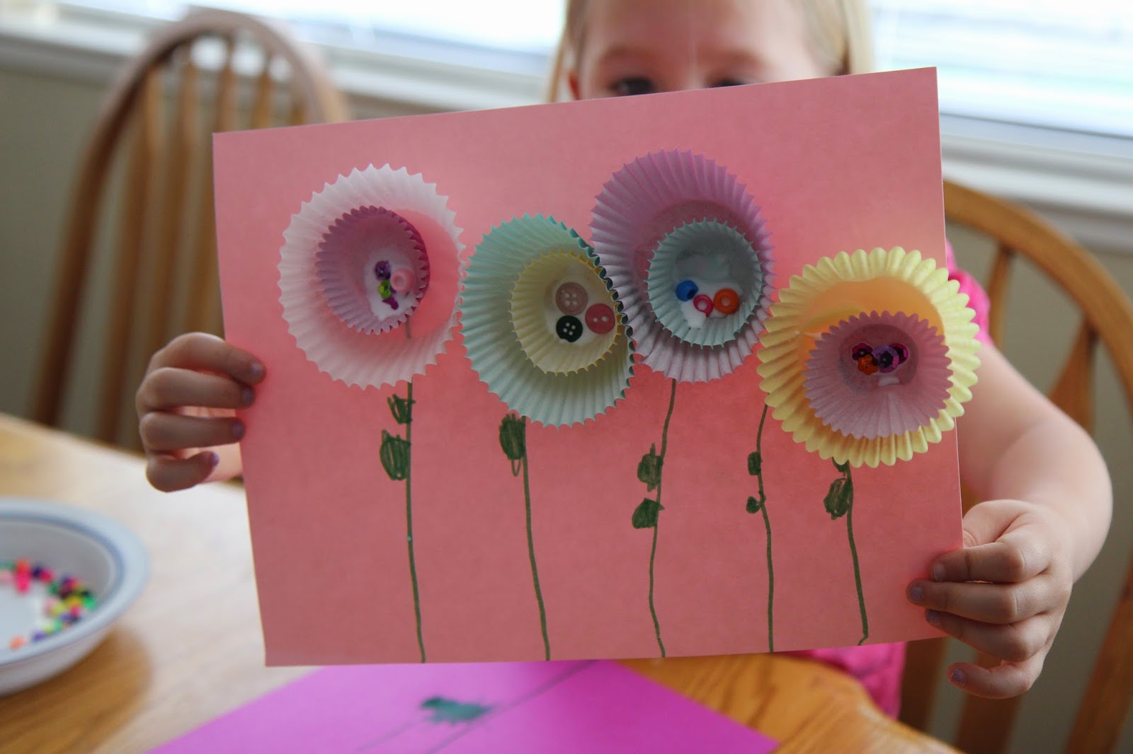 Toddler Approved   Simple Spring Flower Craft Last year we made these pretty spring flowers as part of our Spring Party  for preschoolers  This year I m living day to day with the arrival of baby   4 so