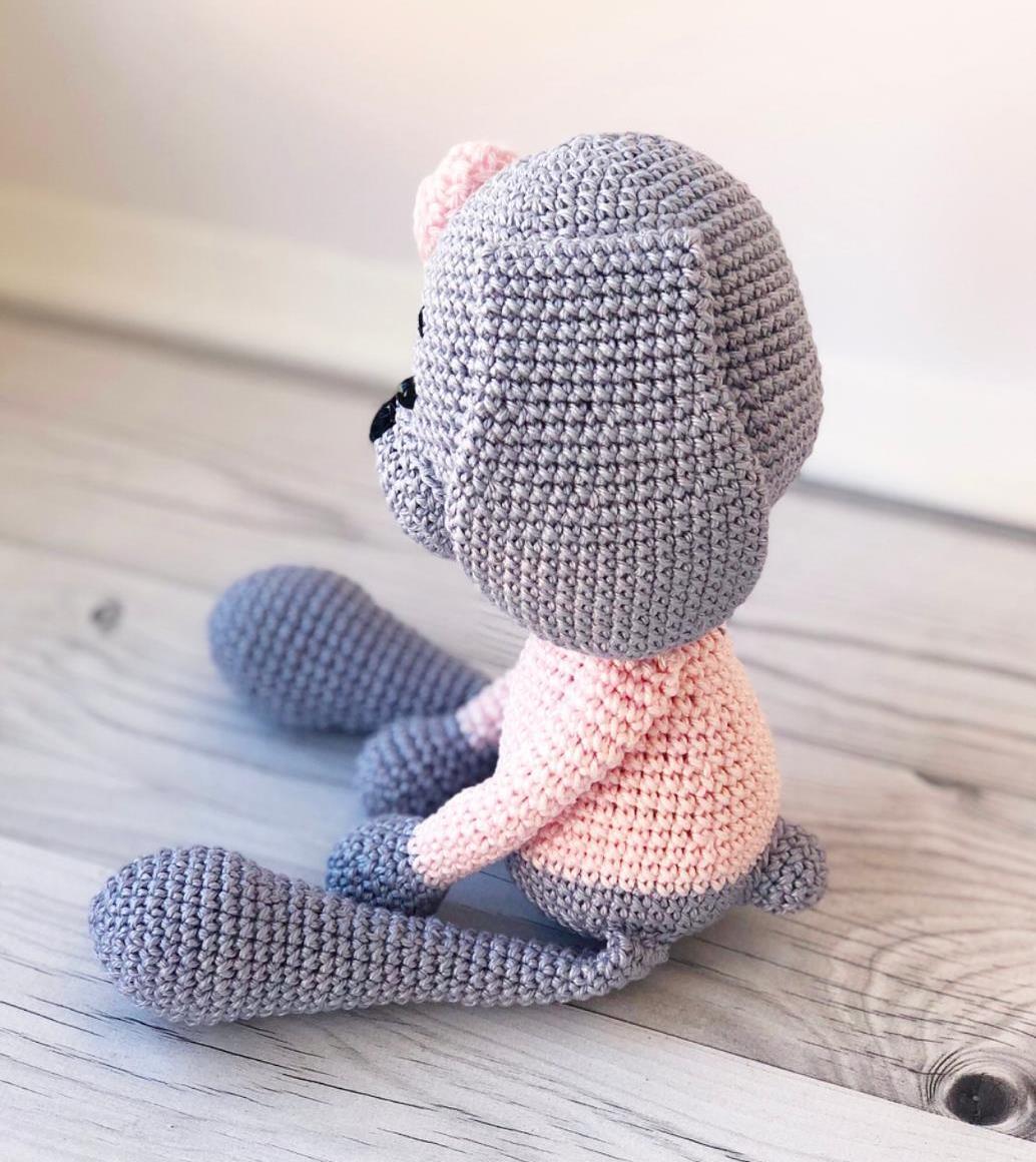 Knitted dog amigurumi