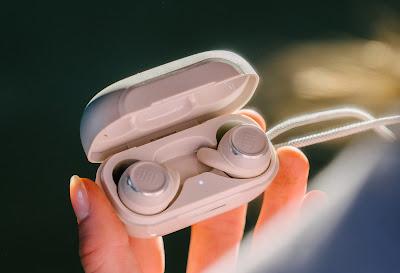 JBL REFLECTmini NC Sport Headphones