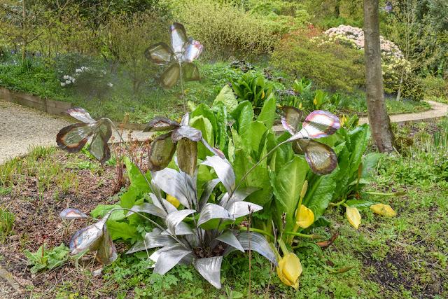 Himalayan Garden and Sculpture Park lily sculpture