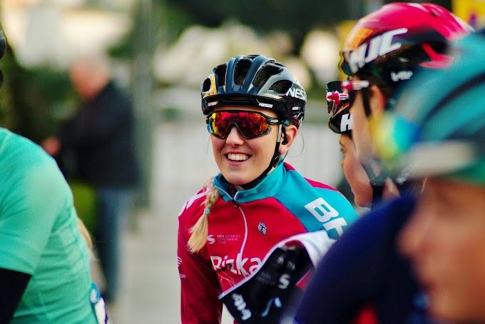 Lizzie Holden (Bizkaia - Durango) remata segunda en la tercera etapa de la Setmana Valenciana