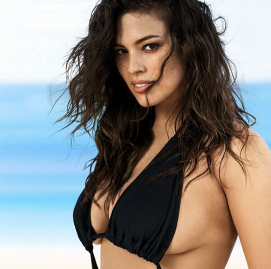 Ashley Graham Hottest Female Models on instagram