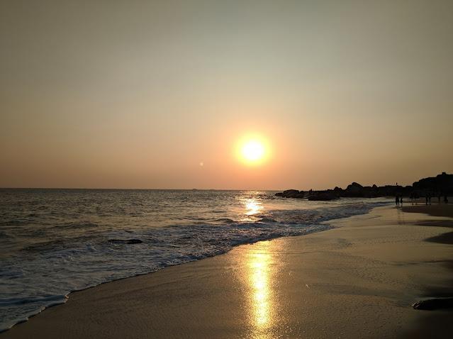 Sunset on Muttam beach