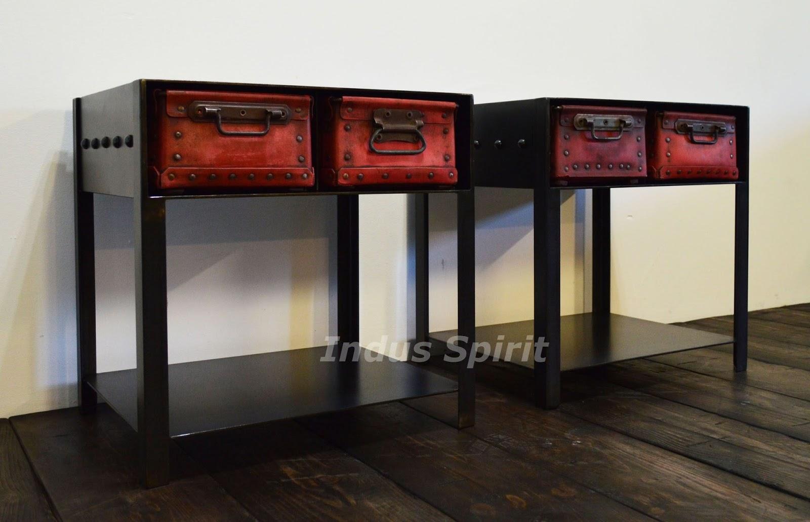 bout de canap style industriel. Black Bedroom Furniture Sets. Home Design Ideas