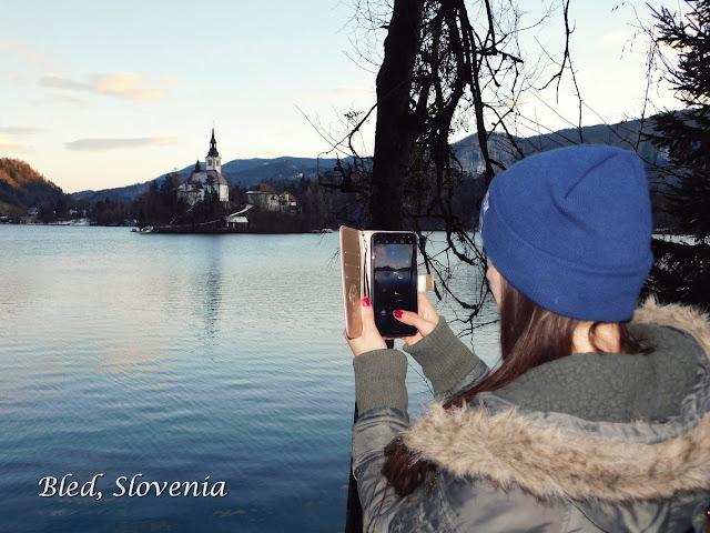 slovenia, bled, jezero, lake, travel, putovanje, explore, trip, zima, winter, snow, snijeg, outfit, jakna