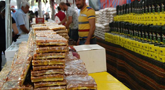 Diyarbakır'daki Yöresel Ürünler Festivalinde 20 ilin meşhur ürünleri sergileniyor