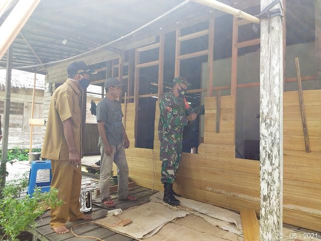 Karya Bhakti TNI Kodim 1001 Rehap Rumah Warga Tak Layak Huni