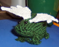 http://www.allcrafts.net/crochetsewingcrafts.htm?url=web.archive.org/web/20080202082042/http://www.geocities.com/thelibrarian18/frog.html