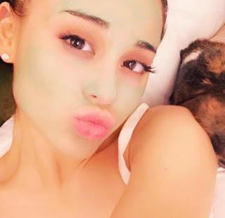 Foto Ariana Grande 2020