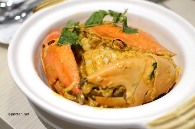 Mud Crab sautéed with Egg