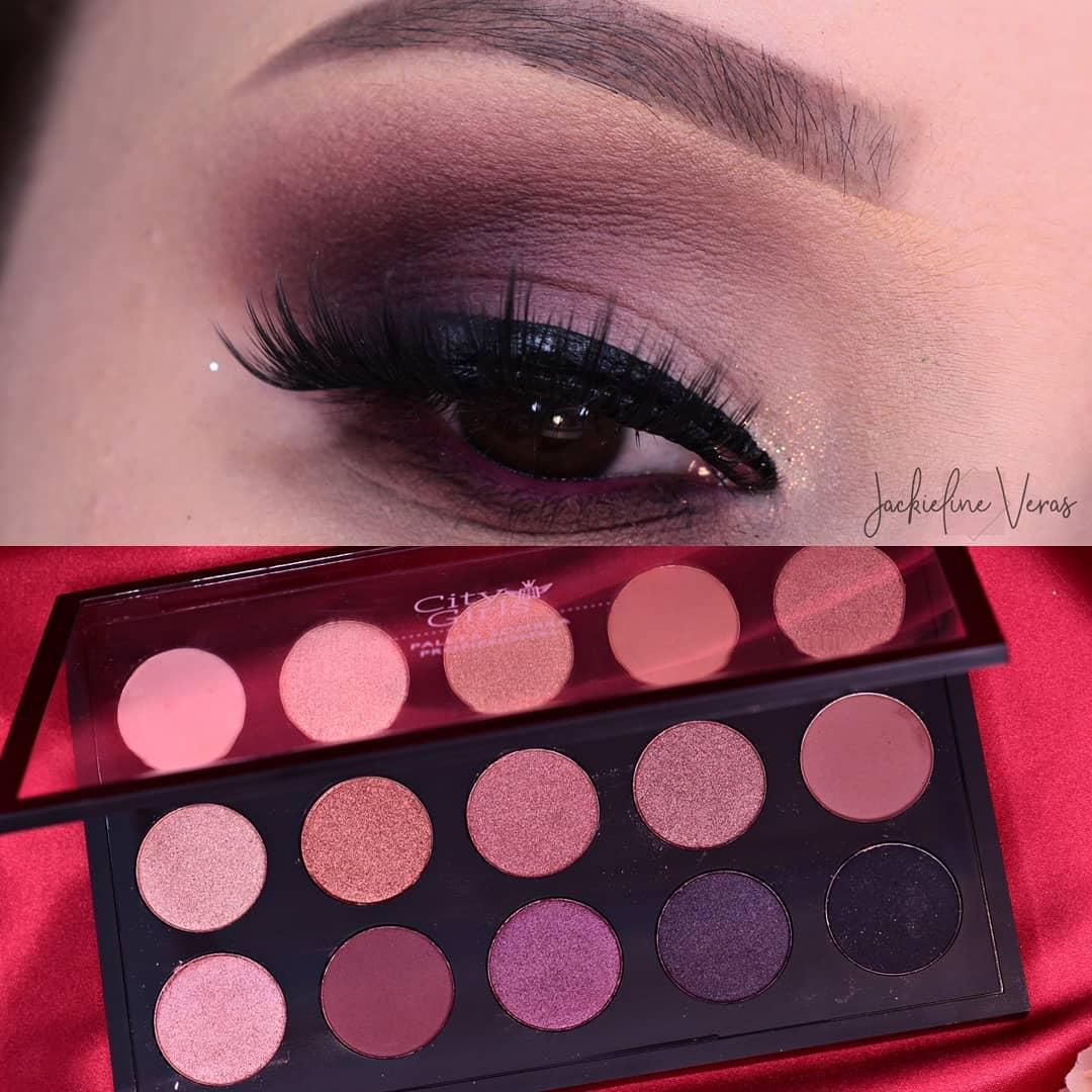 Maquiagem com Paleta de Sombras Profissional 15 Cores da City Girls - Cor B