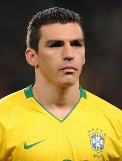 11 Pemain Sepakbola Terburuk dan Terlupakan di Dunia 2012-2013