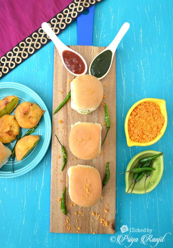 Vada Pav Recipe | Mumbai Style Vada Pav