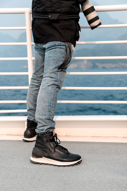 ECCO Shoes,  Major Marine Tour, Kenai Fjords