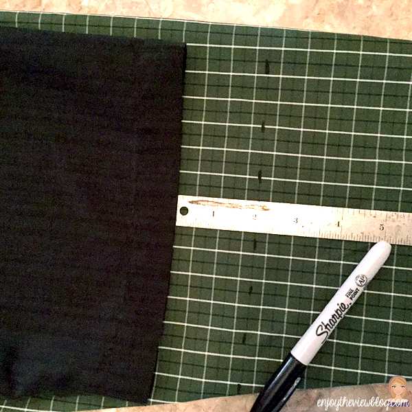 marking seam allowance for shirt sleeve hem