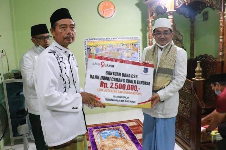 Momen Safari Ramadhan, Bupati dan Wabup Tanjab Barat Terlihat Kompak