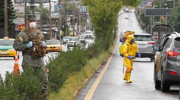 Ecuador finaliza este domingo el estado de excepción, pero Quito está cerca del colapso sanitario