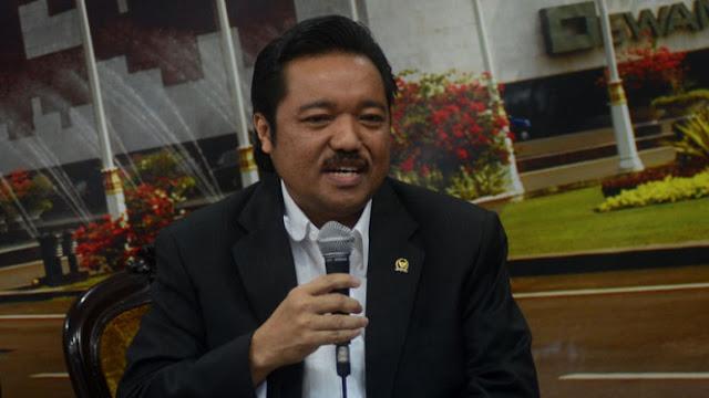 Mahasiswa UIR Desak Jokowi Mundur, Ini Kata Legislator Riau