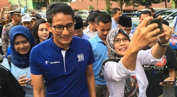 Jokowi Janji Dana Kelurahan, Sandi Uno: Mungkin Khilaf