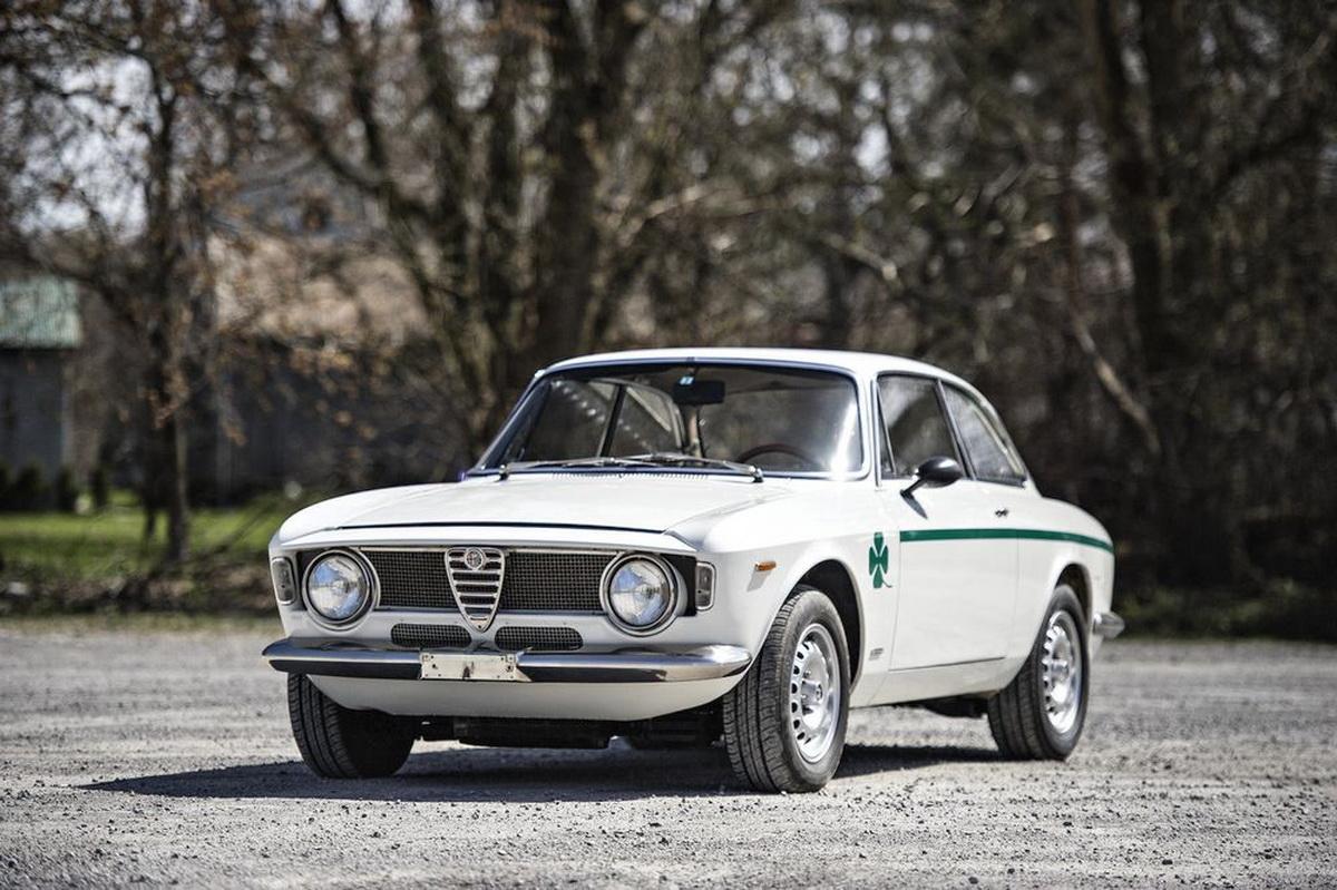 AlfaRomeo-GTA1300JuniorStradale-10.jpg