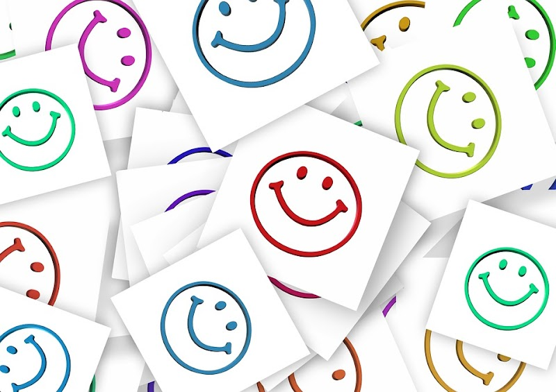 Happier people are healthier as revealed in a survey