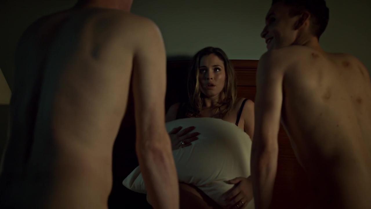 Netflix's best and hottest queer sex scenes