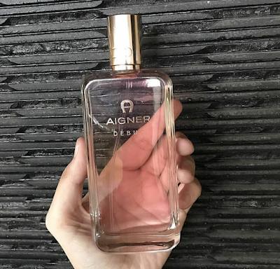 Parfum isi ulang yang aroma lembut cocok untuk daily