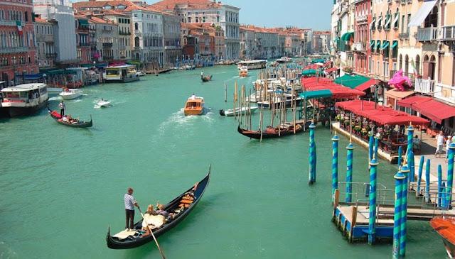 Cruzeiro em Veneza na Itália
