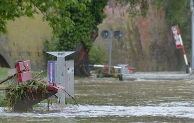 فيضانات,وإغلاق,الطرقات,في,العديد,من,مناطق,النمسا